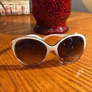 Jessica Simpson Sunglasses 😎